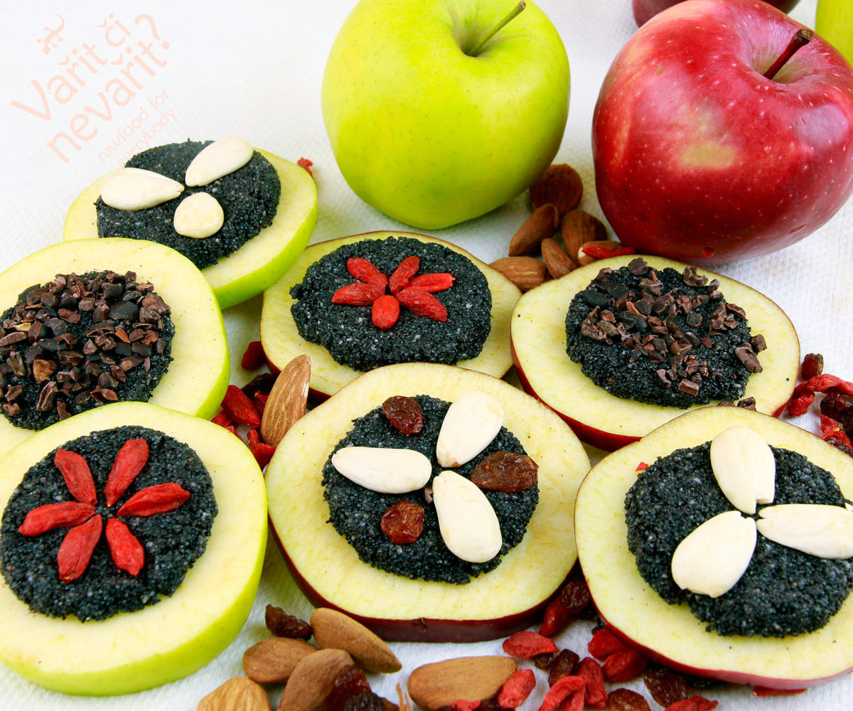 Makový koláček jablkáček