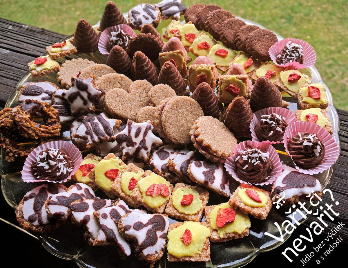 Kurz výroby vánočního cukroví v naší kuchyni
